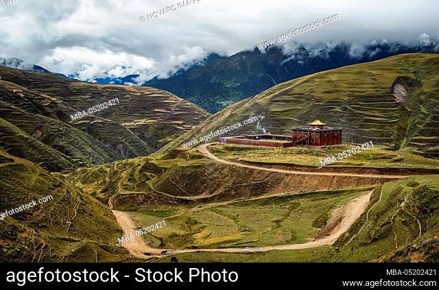 Tibetan Buddhist monastery village on the Tibetan Plateau, Sichuan Province, China