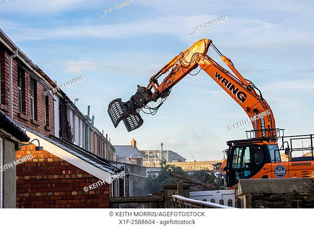 Aberystwyth Wales UK, Tuesday 3 Feb 2015. . Demolition crews start the work of flattening the terraced houses in Greenfield Street Aberystwyth to make way for a...