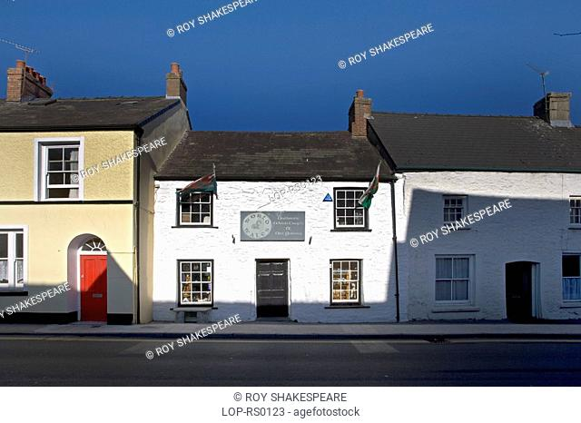 Wales, Carmarthenshire, Llaugharne, Three houses in Llaugharne. Laugharne is an ancient township on the river Taf, which consists of a mixture of small cottages...