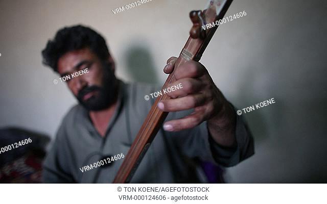 afghan musician in kabul