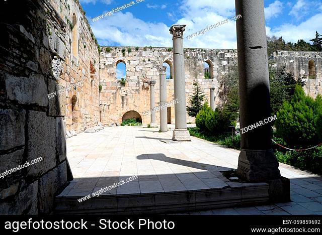 Isabey-Moschee , Selcuk, moschee, isa bey, isabey, isabeymoschee, architektur, westtürkei, türkei, gebäude, klassisch, innenhof, hof, säule, säulen