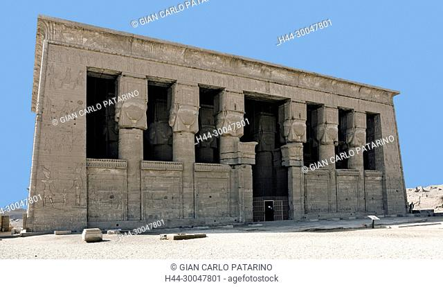 Dendera Egypt, ptolemaic temple dedicated to the goddess Hathor: main entrance to hypostyle hall