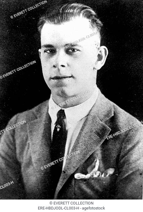 JOHN DILLINGER-As he appeared when he left highschool. - CPL Archives/Everett Collection