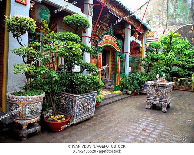 Phuoc An Hoi Quan Pagoda, Cholon, Ho Chi Minh City (Saigon), Vietnam