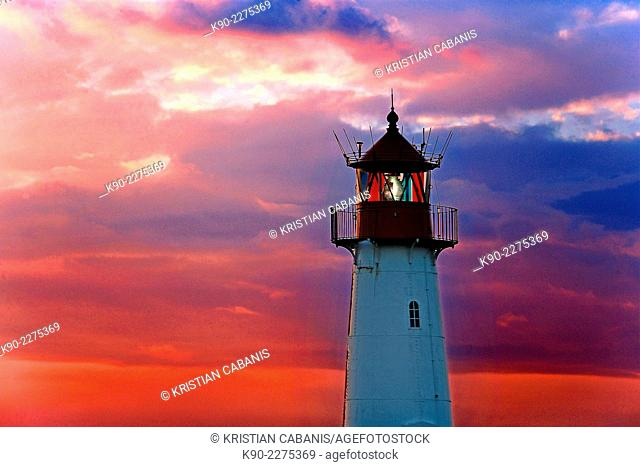Lighthouse List East at sunset, Sylt, Northfrisian Islands, Schleswig-Holstein, Germany, Europe