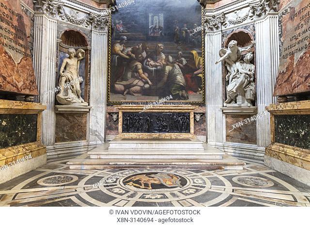 Basilica of Santa Maria del Popolo interior, Piazza del Popolo, Rome, Lazio, Italy