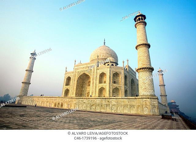 The Taj Mahal, mausoleum of the Empress Mumtaz Mahal  Agra  India