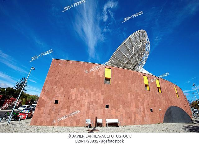 Telescope, Museo de la Ciencia y el Cosmos, Science Museum, San Cristobal de la Laguna, Tenerife, Canary Islands, Spain