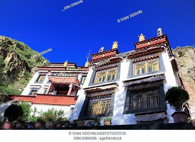 Palubuk Monastery (Chalapulu grotto), Yaowang Mountain, Lhasa, Tibet, China