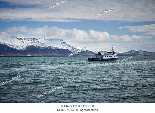 Iceland, Reykjavik Harbour, Boattour, whale-watching, boat in the Faxaflói Bay