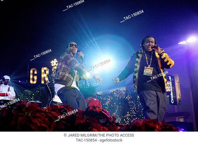 (R-L) Reggae star Sean Kingston and Hype King performing at the annual holiday tree lighting extravaganza and concert at the Grove in Los Angeles