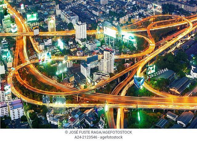 Thailand , Bangkok City, central Bangkok , highways crossing at Ratchaprarop distric