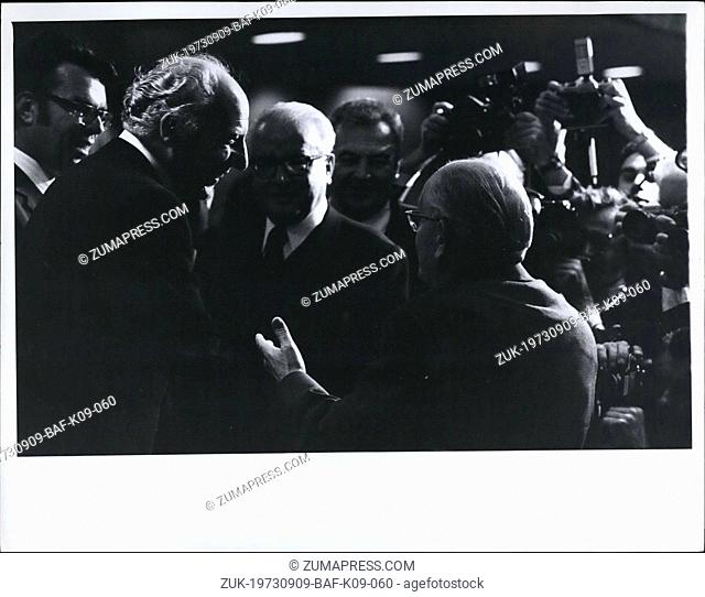 Sep. 09, 1973 - West German Foreign minister Walter Scheel (left) greets his East German colleague Otto Winzer (right) UN General assembly