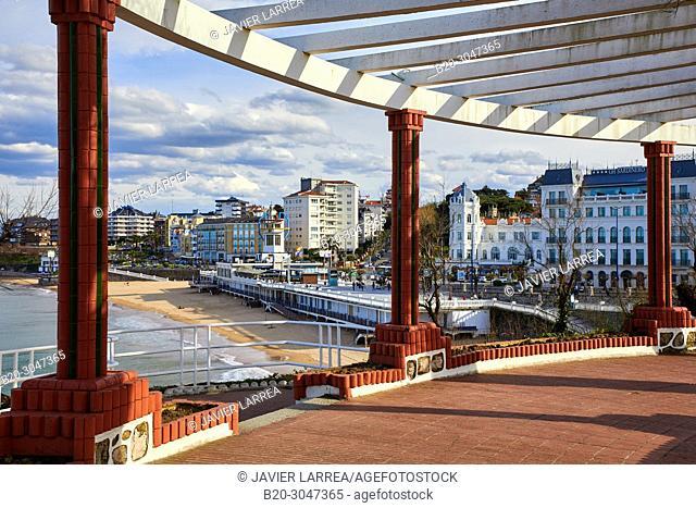 Jardines de Piquio, Playa El Sardinero beach, Santander, Cantabria, Spain, Europe