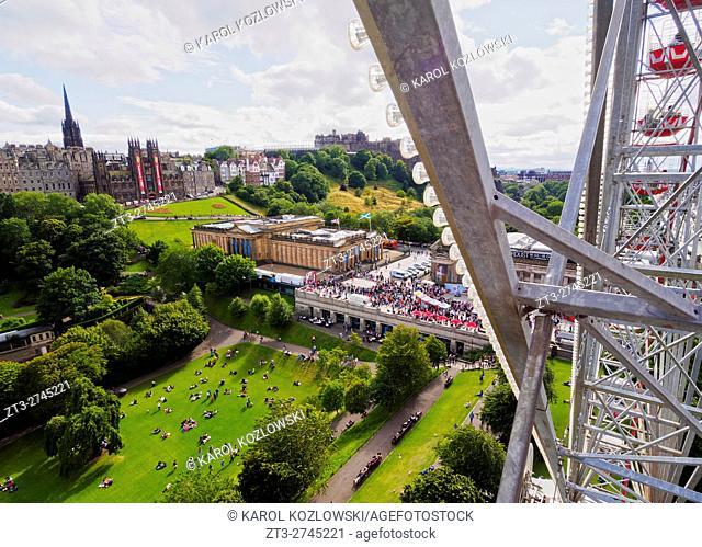 UK, Scotland, Edinburgh, View of the Princes Street Gardens with the Ferris Wheel