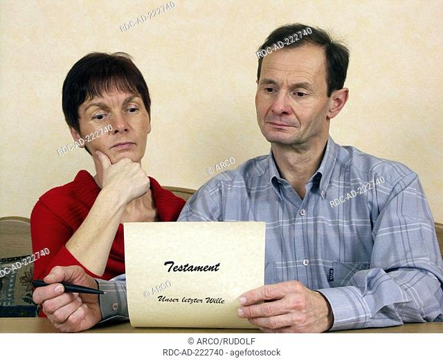 Couple with testament, last will