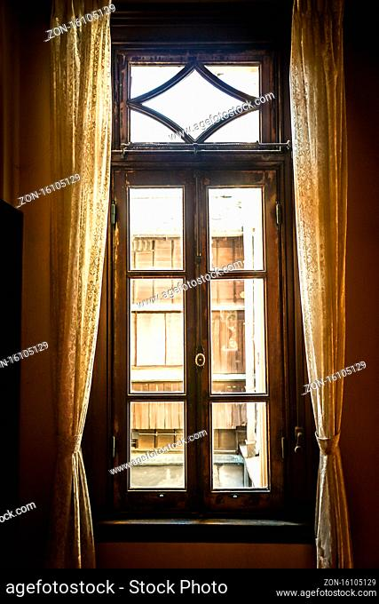 The window of the mansion. Shooting Location: Tokyo metropolitan area