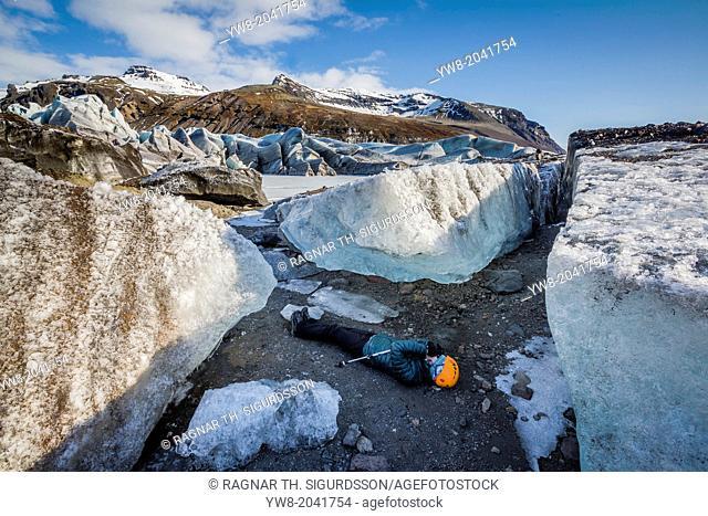 Photographing by Svinafellsjokull, Iceland