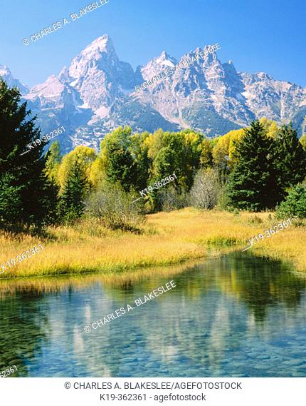 The Tetons and Snake River, Grand Teton National Park. Teton County, Wyoming. USA