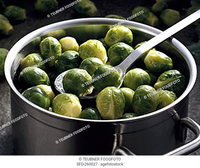 Brussels sprouts in pan