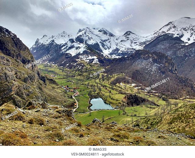 Valle de Lago valley, Somiedo Nature Park and Biosphere Reserve, Asturias, Spain