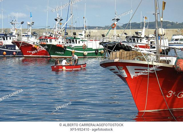 Fishing boats, Cudillero Fishing Port, Cudillero, Asturias, Spain, Europe