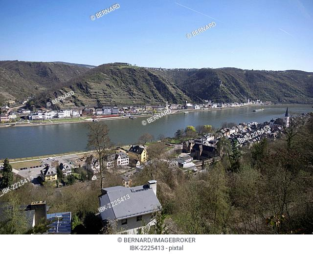 View of the Rhine River and St. Goarshausen as seen from St. Goar, Rhineland-Palatinate, Upper Middle Rhine Valley, a UNESCO World Heritage site, Germany