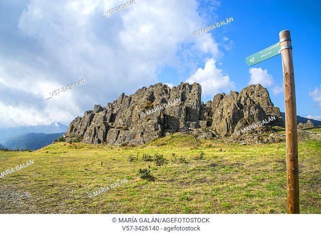 Route to Majaelrayo. Sierra Norrte Nature Reserve, Guadalajra province, Castilla La Mancha, Spain