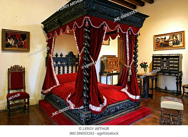 France, Touraine, Amboise, castle of Clos Luce, bedroom of Leonardo da Vinci