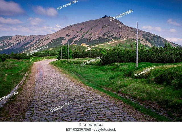 Mountain Range landscape - Snezka / Sniezka - Krkonose / Karkonosze