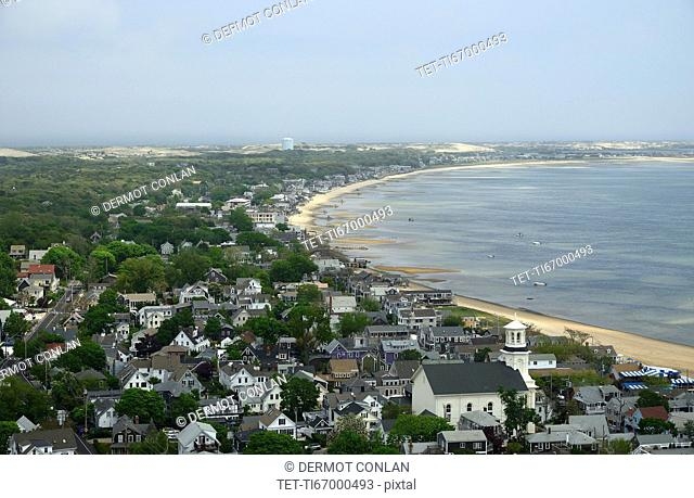 Massachusetts, Cape Cod, Provincetown, Residential district next to coastline