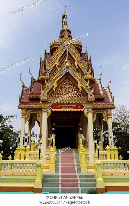 Thailand, Samut Sakhon, view to Wat Lang San Prasi
