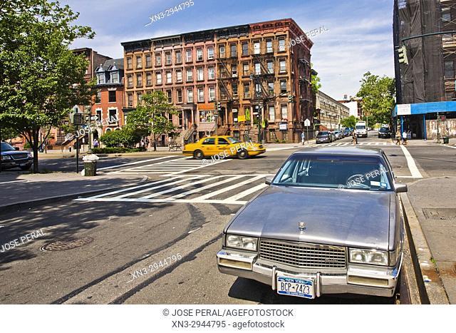Classical Cadillac Car, Lenox Avenue, W 122 Street, Harlem, Upper Manhattan, New York City, New York, USA