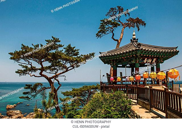 View of pavilion at Naksansa Temple, Naksansa, Yangyang, Gangwon province, South Korea
