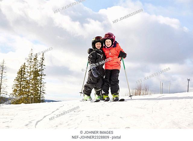 Kids skiing