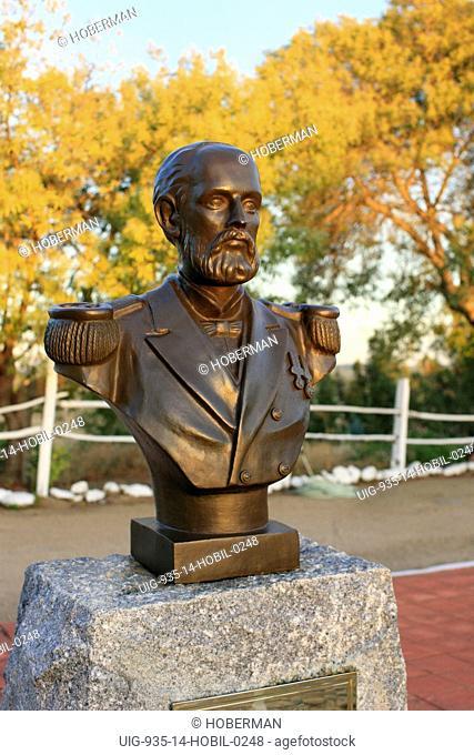 Arturo Prat statue