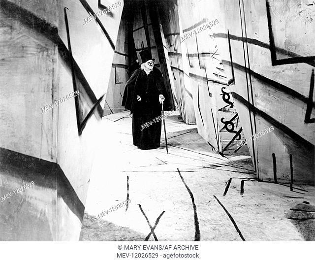 Werner Krauss Characters: Dr. Caligari Film: The Cabinet Of Dr. Caligari (DE 1920) / Auch: 'Das Kabinett Des Doktor Caligari' Director: Robert Wiene 26 February...