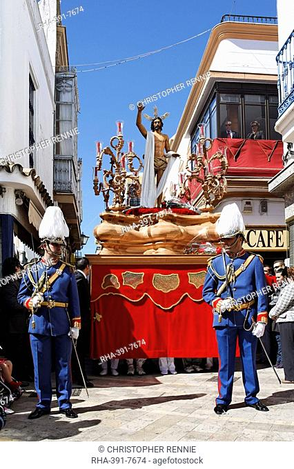 Float of resurrected Jesus, Easter Sunday procession at the end of Semana Santa Holy Week, Ayamonte, Andalucia, Spain, Europe