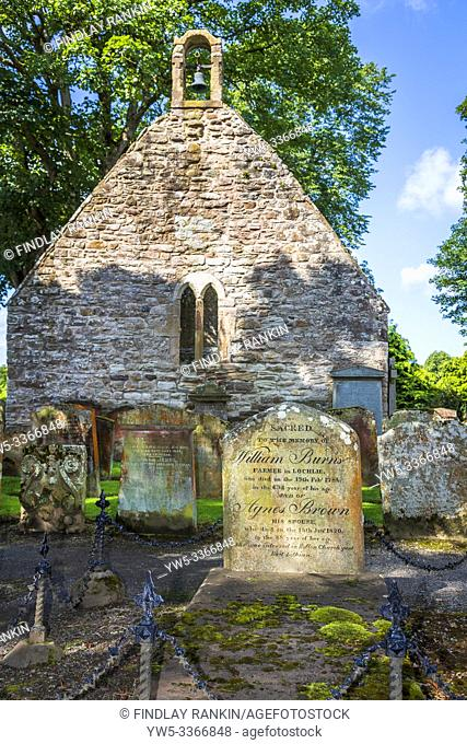 Alloway Kirk and graveyard with the grave stone of William Burns and Agnes Brown the parents of Robert Burns the Scottish national bard, Alloway, Ayr, Scotland