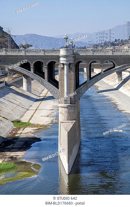 Bridge over urban aqueduct of Los Angeles River, Los Angeles, California, United States