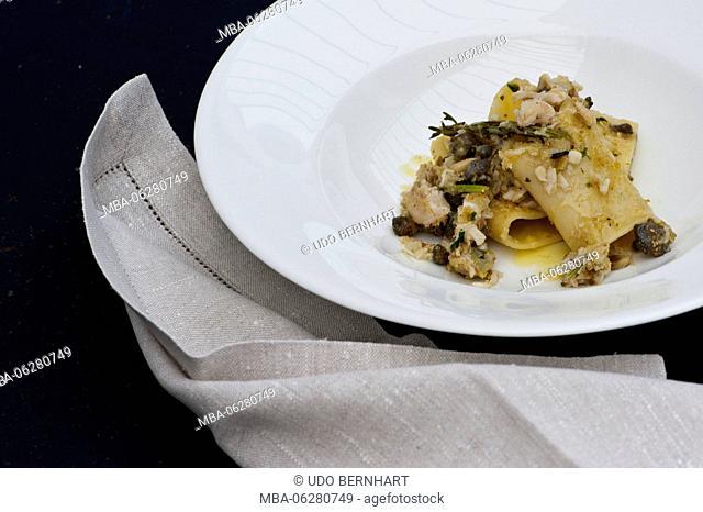 Italy, the Mediterranean Sea, Sicily, Aeolian islands, the Lipari Islands, Salina, Malfa, cuisine at the Hotel Restaurant Signum, plate, food