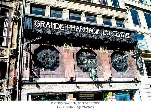 The art deco front elevation of the Grande Pharmacie du Rouen (France)