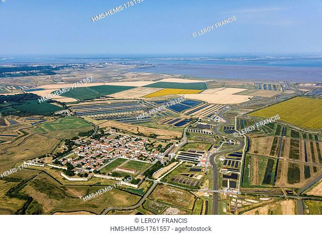 France, Charente Maritime, Brouage, fortified city by Pierre de Conti d'Argencourt then Vauban and Ferry (aerial view)