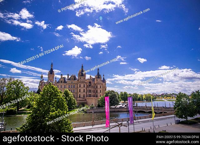 12 May 2020, Mecklenburg-Western Pomerania, Schwerin: The main portal of Schwerin Castle. Since 1990, more than 120 million euros have been invested in the...