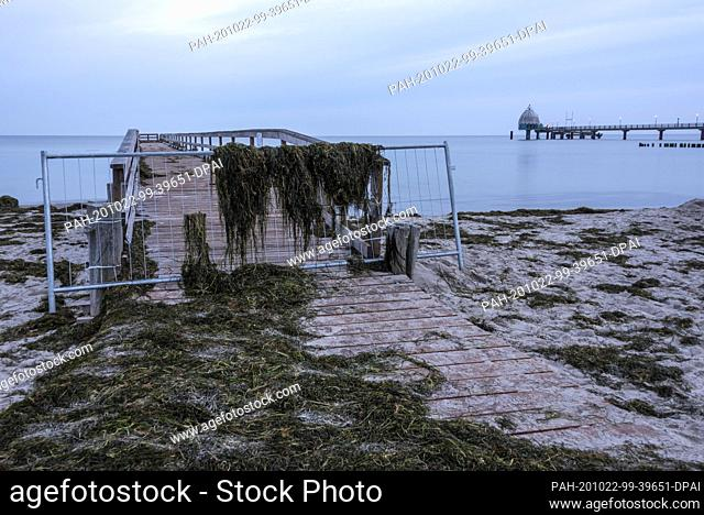 20 October 2020, Mecklenburg-Western Pomerania, Zingst: The first storm tide of the year destroyed parts of the newly built fishing jetty in the Baltic resort...