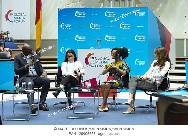 Talkrunde with from left to right: Joseph HUNDAH, CEO Econet Media Group South Africa, Nathalie MALINARICH, Mobile Editor, BBC News online, Edith KIMANI