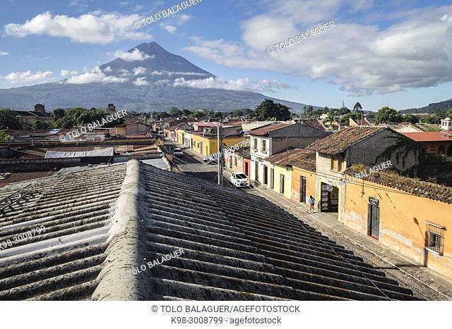 Agua Volcano (aka Hunahpú), Antigua Guatemala, departamento de Sacatepequez, Republic of Guatemala