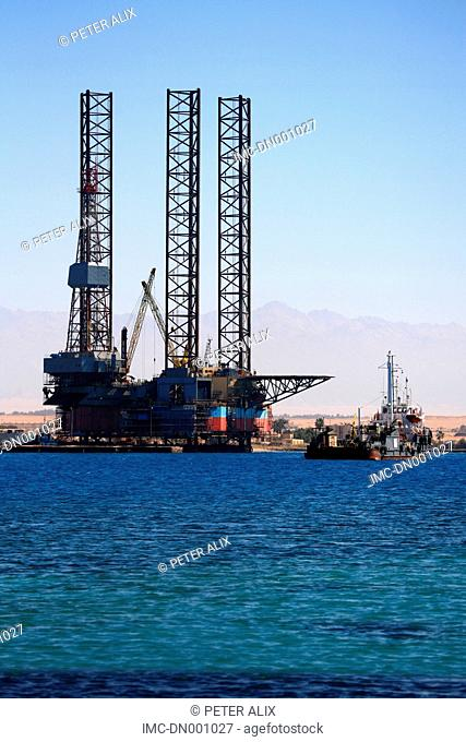 Egypt, El Tur, oil platform