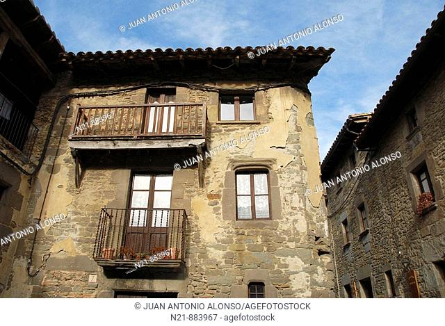 Old houses. Rupit, Barcelona, Catalonia, Spain