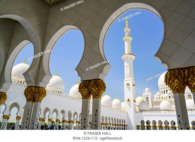 Sheikh Zayed Grand Mosque, Abu Dhabi, United Arab Emirates, Middle East